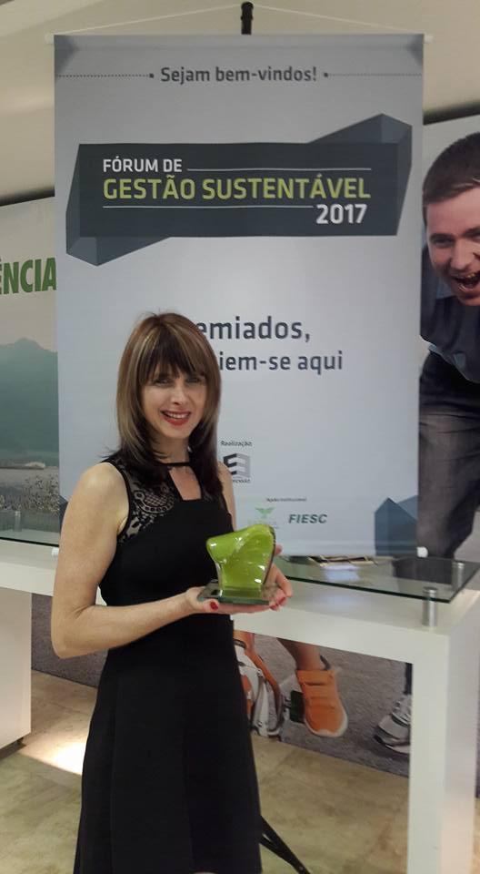 Adote um Orelhudo ganha prêmio Expressão Ecológica